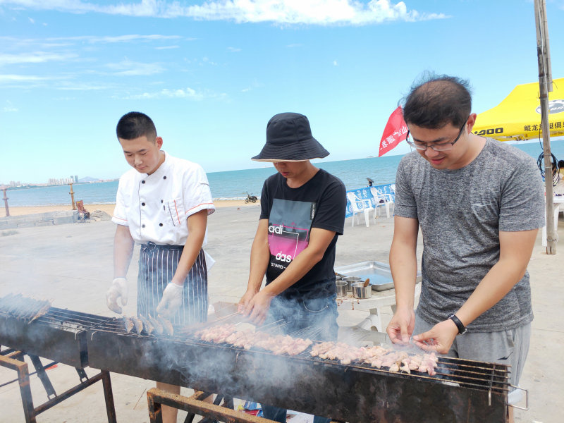 第五届沙滩烧烤